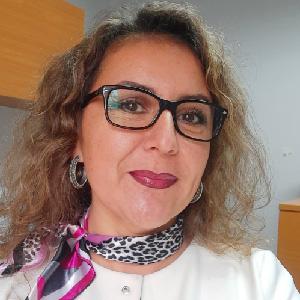 Yesenia Cares Núñez